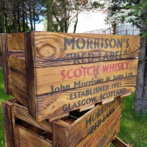 Skrzynka whiskey Morisson's Red Label Scotch Whisky